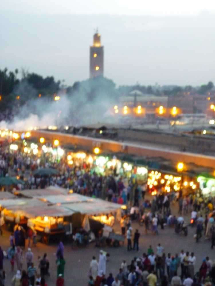 Place Jmaa el Fna at dusk