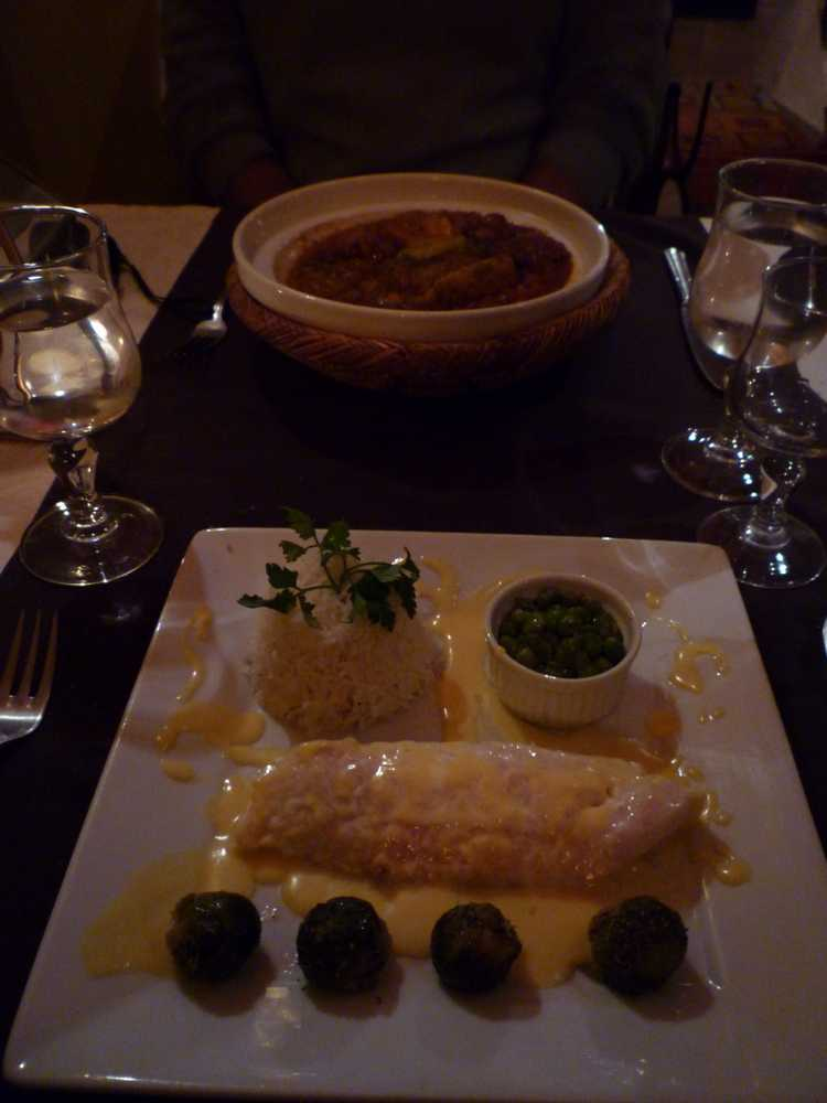 main courses at Le km8